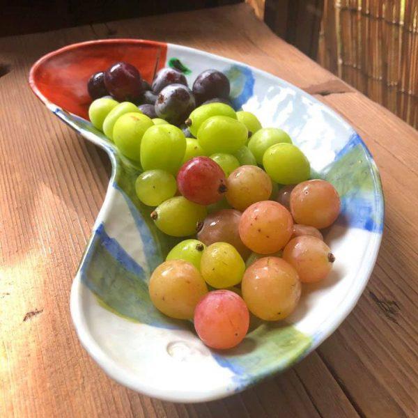 ハの字皿に葡萄