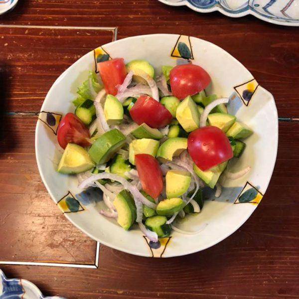 朝食サラダ   W孫っちと😊